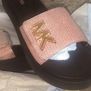 Michelle Kors platform slide sandal 10 rose gold